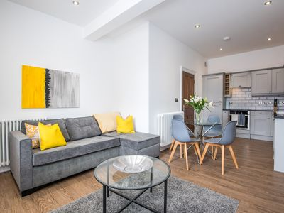 Photo for The Langley @ 52 Old Elvet. Free Parking, Free Wi-Fi. Stunning Apartment
