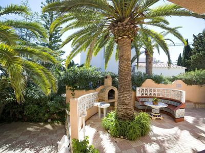 Photo for Nice apartment for 4 people with pool, WIFI, TV, balcony and parking
