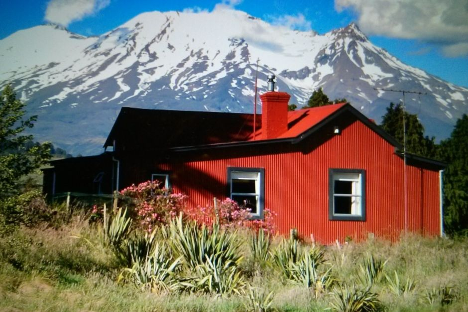 The Red Villa. Beautifully restored. Warm and cosy.