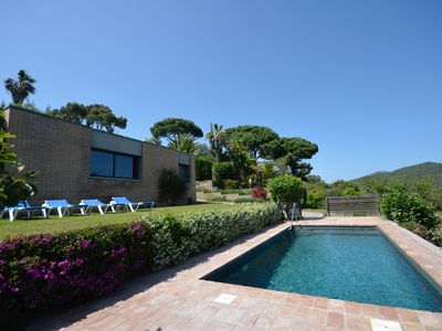 Photo for Holiday rental villa with swimming pool in Begur, Casa de Campo