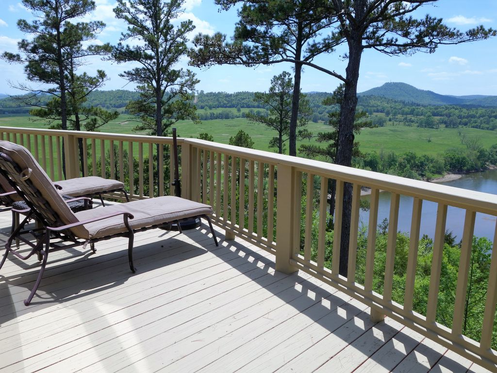 Gorgeous riverbuff view of the white river vrbo for White river cabin rentals arkansas