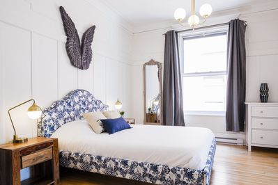 Bright and chic master bedroom with Queen memory foam mattress