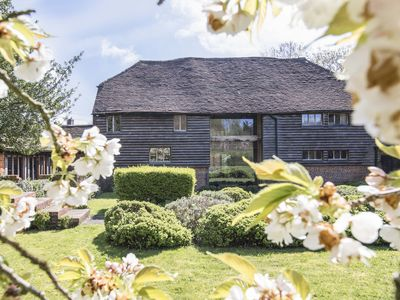 Photo for Traditional 17th Century Kentish Barn, Set In The Heart Of The Garden Of England