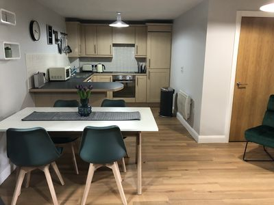 Photo for Lime Tree Apartment   Stylish 2 Bed 2 Apartment   Sleeps 5