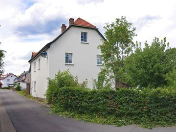 Large detached holiday home close to Willingen, with wood stove and private garden