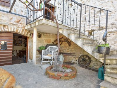 Photo for This 3-bedroom villa for up to 6 guests is located in Sibenik and has a private swimming pool, air-c