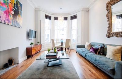 Photo for Modern 2 bed flat with south facing garden
