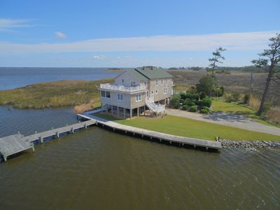 Photo for K9999 Southern Comfort. Pool, Boat Launch, Waterfront, Minutes to Waterpark!