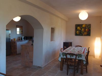 Photo for 110 m² wine-grower house between Nîmes, Avignon, Arles, vines and olive trees