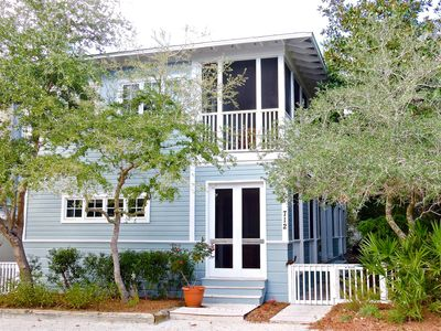 Photo for Large Porches, King Master, in Seaside.