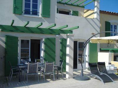 Photo for Beautiful villa in quiet residence, beach 800m. Free WiFi, bicycles