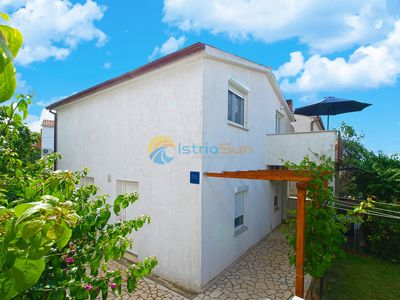Photo for Apartment 1324/12554 (Istria - Medulin), Budget accommodation, 800m from the beach