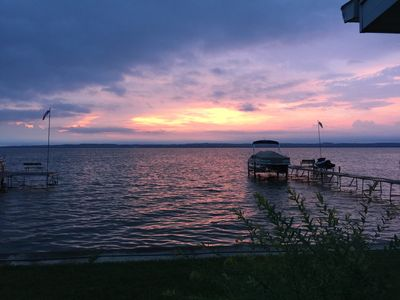 Lakefront Rental - family friendly - Perfect for EAA