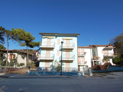 Photo for Sun-drenched seaside holiday home close to Venice.