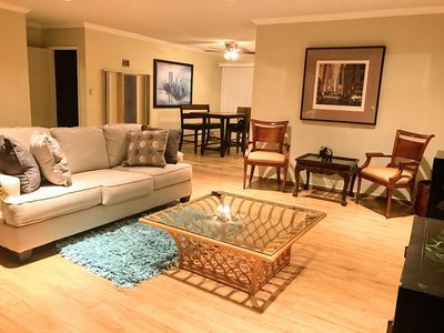 Photo for 1BR Apartment Vacation Rental in Los Angeles, California