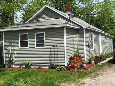 Photo for Cozy 3 Bedroom home located in the heart of Manistee!