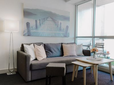 Photo for Melbourne City CBD 2 BR Apt on Collins and Swanston St. 280m to Flinders Stn