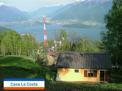Photo for Holiday home overlooking Lake Como, 8 people 3 bedrooms 2 bathrooms, relaxation and nature