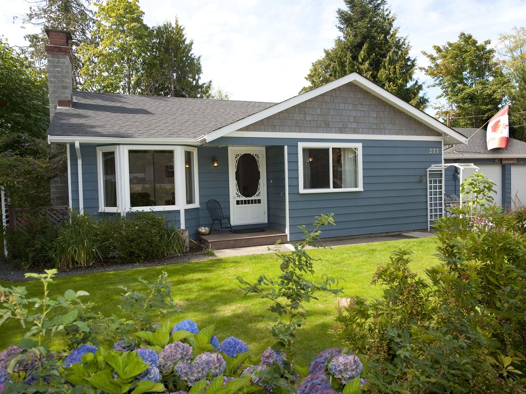 Nautical Rancher In Qualicum Beach: 3 BR Vacation House for Rent in ...
