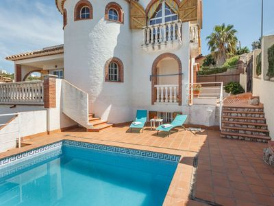 Photo for Sitges, beautiful Villa Ibicenca with pool, wify