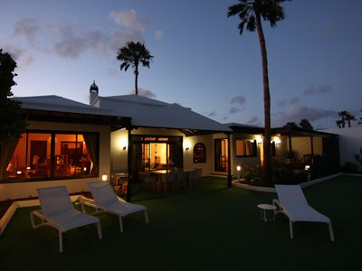 Photo for Luxurious Oceanfront Villa with Panorama View