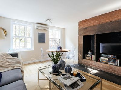 Photo for Chelsea Gardens - luxury 3 bedrooms serviced apartment - Travel Keys