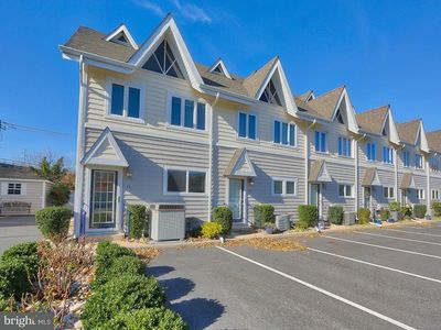 Photo for ☆Spacious Rehoboth Retreat-5 Blocks from Beach!☆