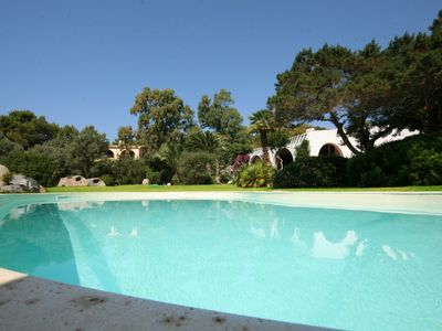 Photo for Luxurious Villa with pool at 70 meters from the sea, in a 3000sqm park