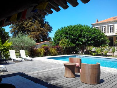 Photo for panoramic beach-cottage with pool in the Luberon