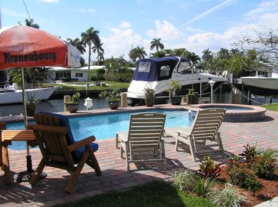Private Backyard Pool Spa & Intracoastal Access