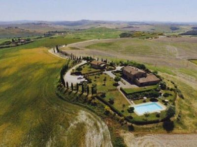 Photo for Alloro apartment in farmhouse with swimming pool in the Crete Senesi
