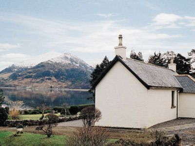 Photo for 2 bedroom accommodation in Ratagan, By Kyle of Lochalsh