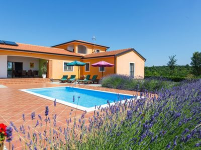 Photo for Modern villa with private pool, fenced garden, privacy, covered terrace with BBQ