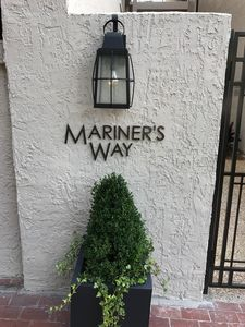 Entrance to Mariners Way