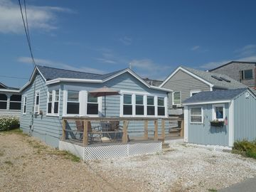 Perfect Summer Cottage located in private beach community of Point Judith
