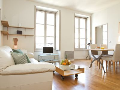 Photo for BEAUTIFUL BRIGHT APARTMENT 2 STEPS FROM THE OPERA AND GALERIES LAFAYETTE