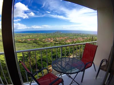 Photo for Two-Bedroom Condo Overlooking Mountains and Ocean (Wi-Fi)