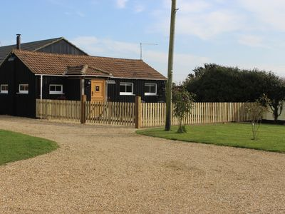 Photo for Delightful Luxury Rustic Cottage Near the New Forest and South Coast