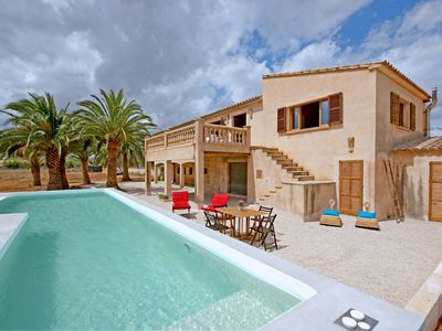 Photo for Son Floriana has a capacity for 6 people, located a few meters from the sea