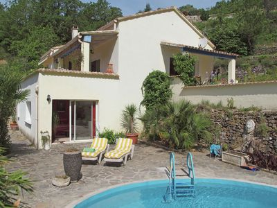 Photo for Villa with private swimming pool within walking distance of the river, near the Ardèche