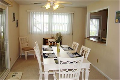 Dining Room (Seats 8)