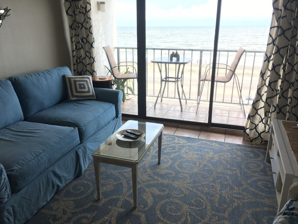 4th Floor Unit- Beachfront- WiFi- Pet Friendly- W/D in unit