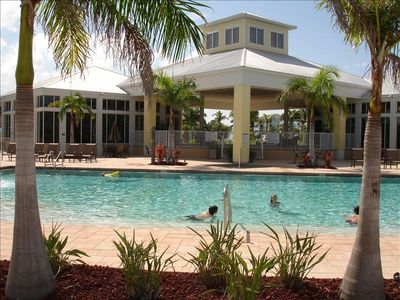 HUGE POOL, CLUBHOUSE, FITNESS CENTER (music plays from the landscaping) ...