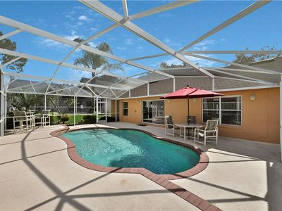 Large single-story 4-bedroom 2-bathroom villa with great upgrades!