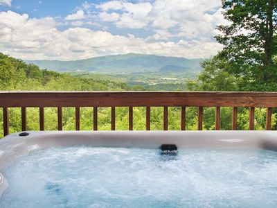 Best Views in All of the Smokies! On 4 Secluded Acres!