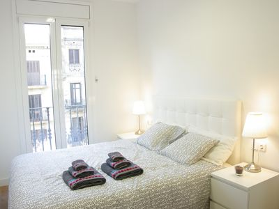 Photo for 7. Espectacular apartamento con 2 habitaciones dobles completamente reformado