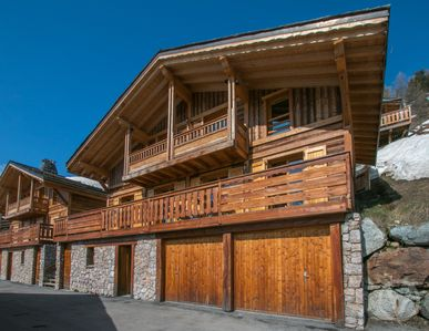 Photo for LUXURY MOUNTAIN CHALET INDEPENDENT
