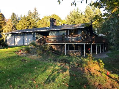 Photo for Spacious Portland Suburb Home, 14 beds/20 guests, near PDX