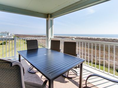 Photo for Waterfront rental w/ shared hot tub and pool - stroll to the sand & Beach Club!