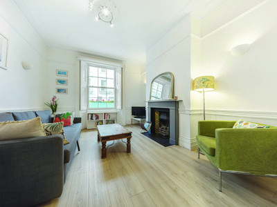 Photo for 3 Bedroom Apartment in Westminster (5 minutes walk from Victoria station)